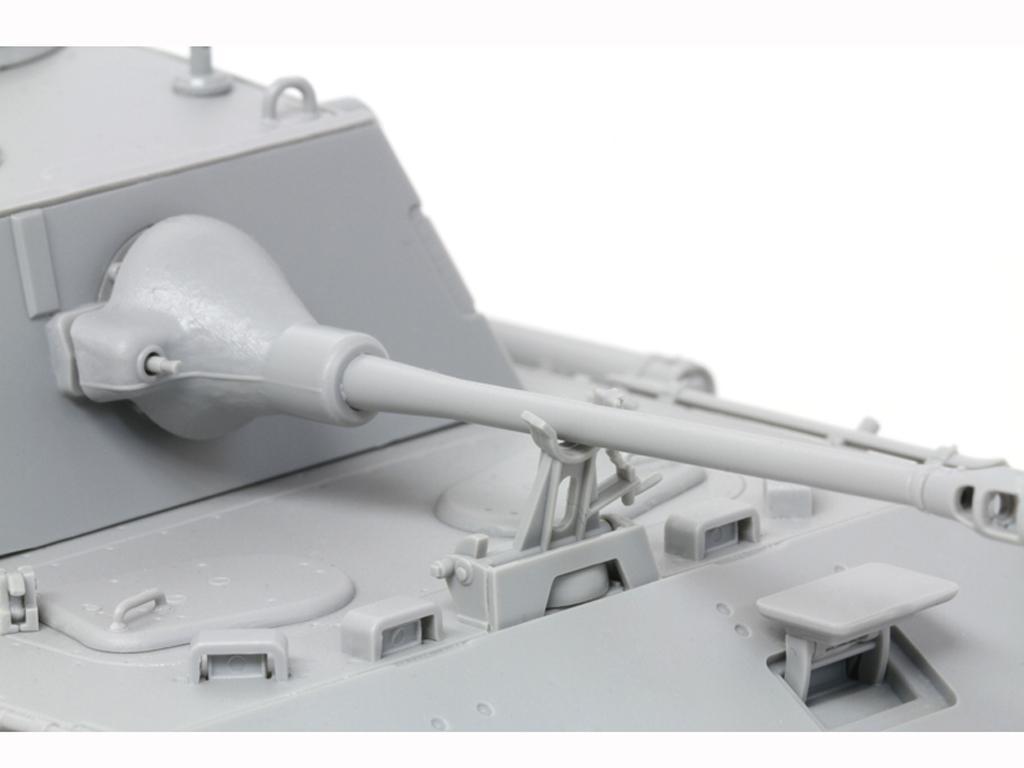 Pz.Beob.Wg.V Panther mit 5cm Kw.K.39/1 (Vista 9)