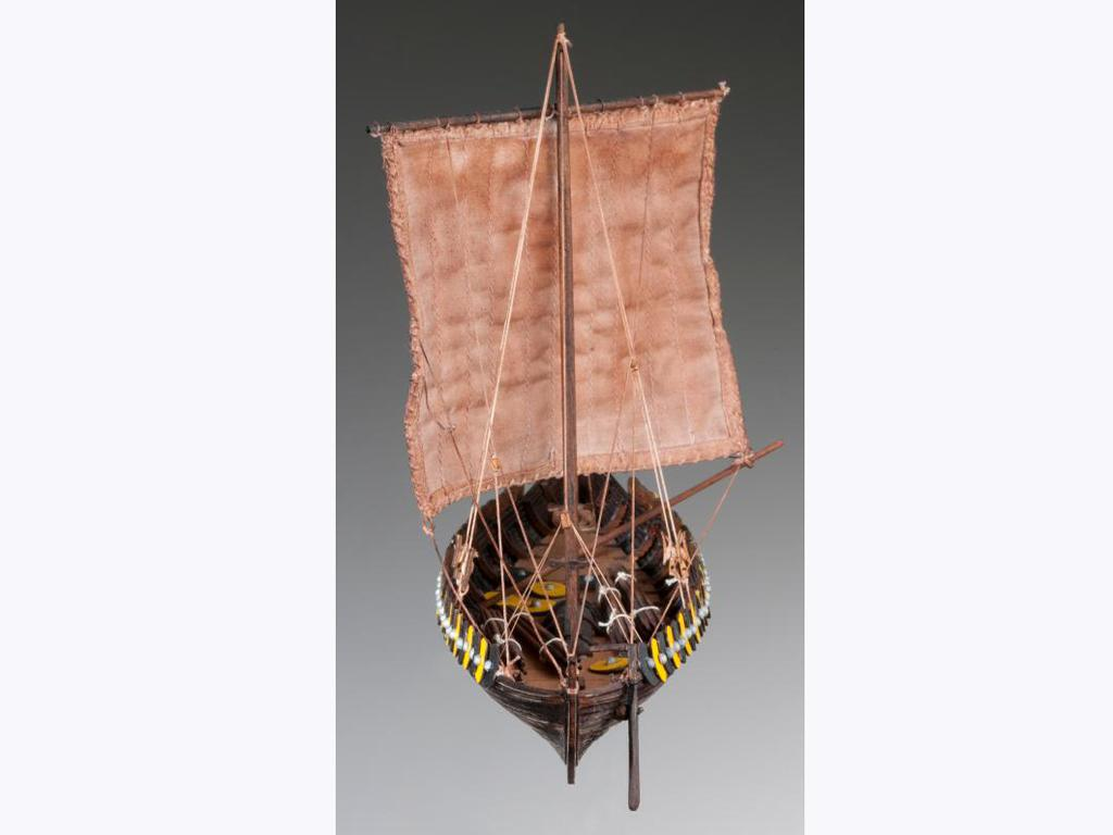 Barco Vikingo GOKSTAD, siglo IX (Vista 5)