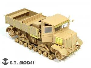 Voroshilovets Tractor   (Vista 1)