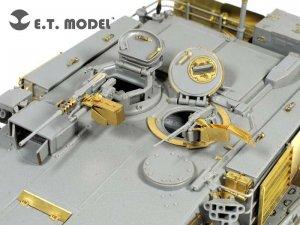 M1A1 AIM MBT  (Vista 4)
