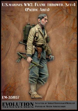 U.S. Marines WW2. Flame thrower. Set-4.   (Vista 1)