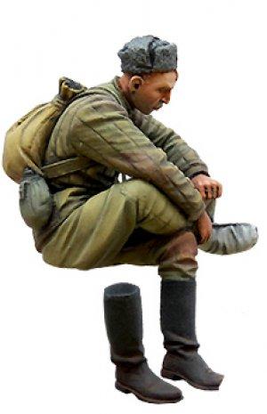 Soviet soldier on rest. WW2  (Vista 2)