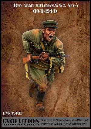 Soldado Sovietico Cargando 1941-43  (Vista 1)