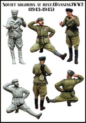 Soldados Soviéticos en reposo 1943-1945  (Vista 2)