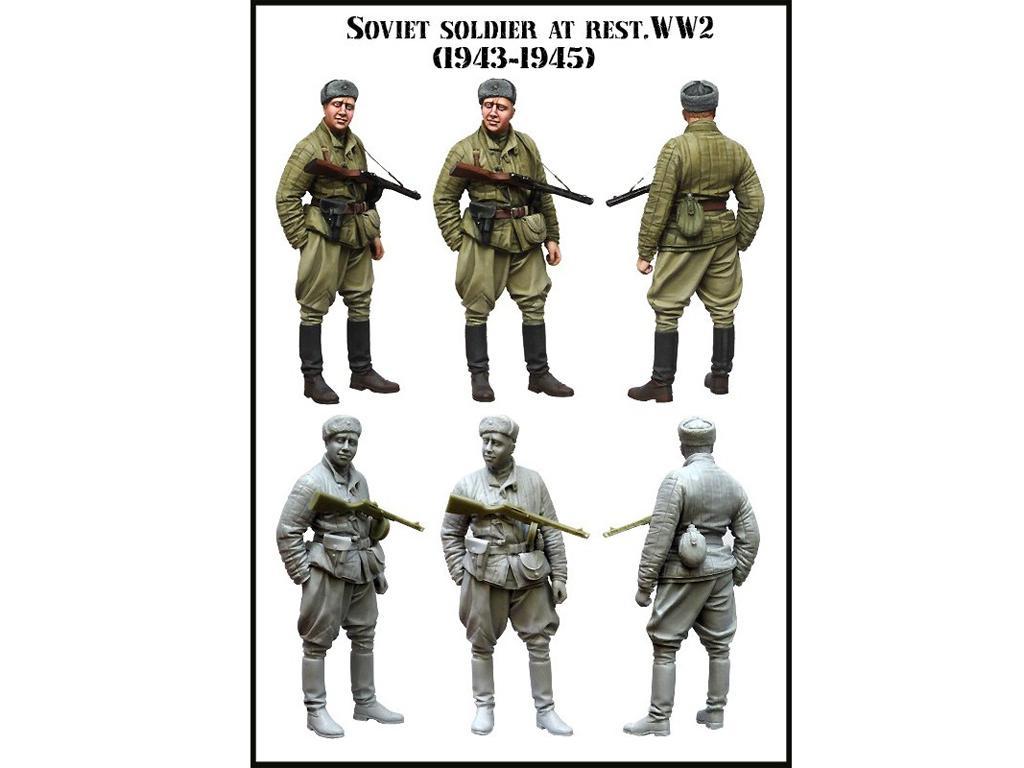 Soldado Sovietico descansando (Vista 2)