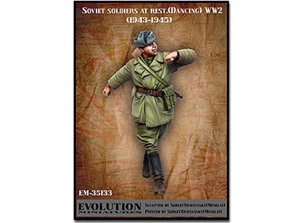 Soldado soviético bailando 1943 - 1945 (Vista 1)