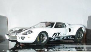 Ford GT40 Edicion Especial Catalogo 2004  (Vista 3)