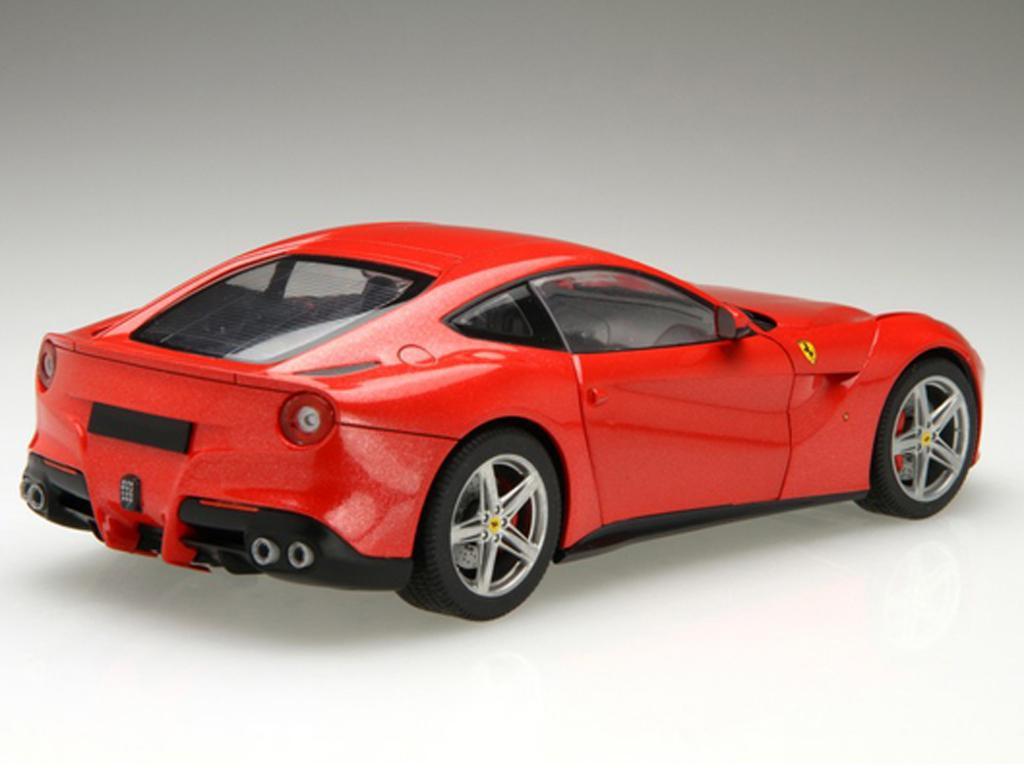 Ferrari F12 Berlinetta (Vista 4)