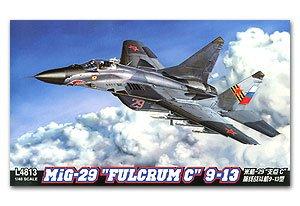 MIG-29 Fulcrum C 9-13  (Vista 1)