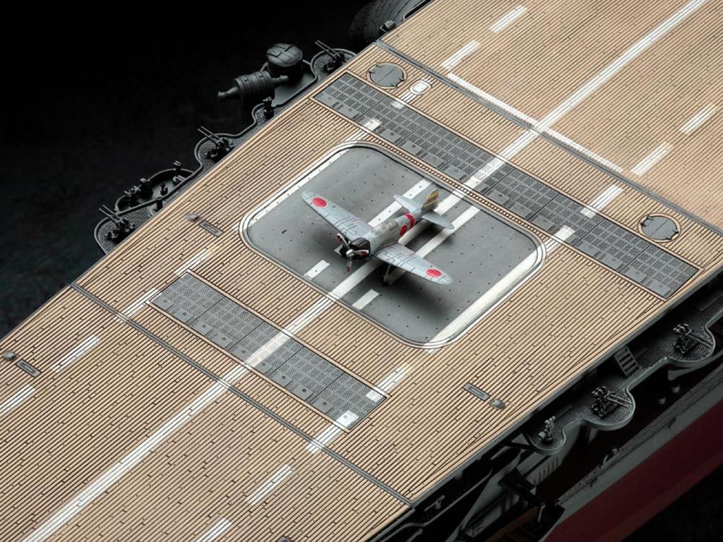 IJN Aircraft Carrier Akagi  (Vista 10)