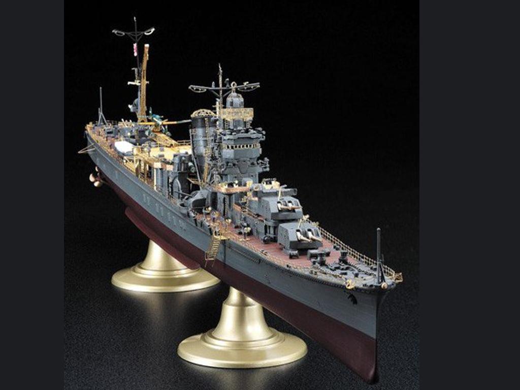 IJN Light Cruiser Yahagi 1945  (Vista 3)