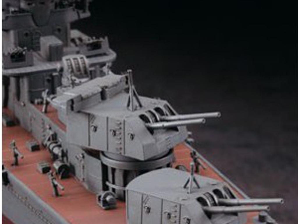 IJN Light Cruiser Yahagi 1945  (Vista 9)