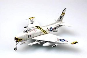 FJ-4B Fury  (Vista 2)