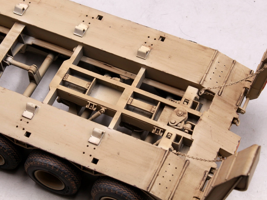 M911 C-HET w/m747 Heavy Equipment Semi-T  (Vista 10)