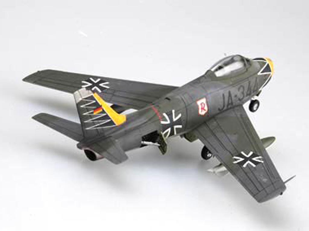 """F-86F-40 """" Sabre"""" (Vista 2)"""