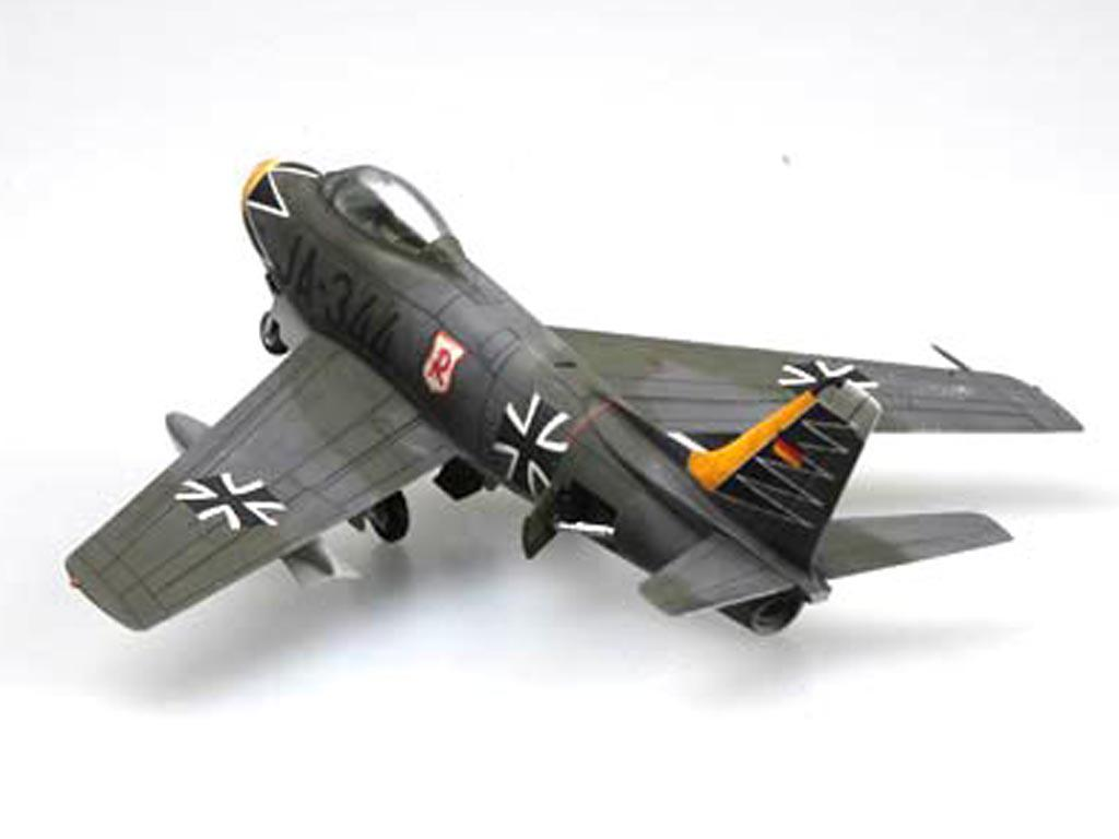 """F-86F-40 """" Sabre"""" (Vista 6)"""