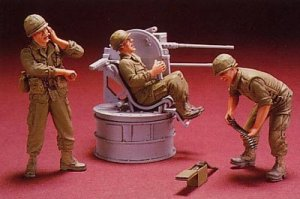M35A1 Quad 50 Guntruck Crew - 3 Figures  (Vista 2)