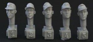 Cabezas SS con gorra de cumuflaje  (Vista 1)