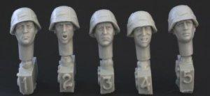 Cabezas del ejercito Aleman con casco  (Vista 1)