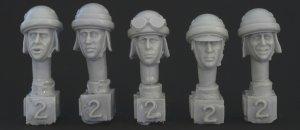 Cabezas Italianas con casco  (Vista 1)
