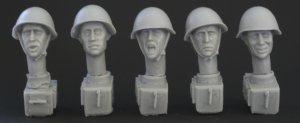 Cabezas Sovieticas con casco   (Vista 1)