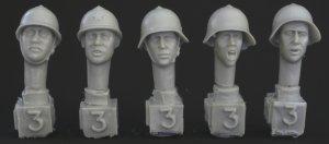 Cabezas Sovieticas con casco M36   (Vista 1)