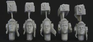 Cabezas diferentes de tanquistas Sovieti  (Vista 1)