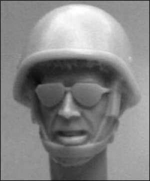 5 heads, Israeli inf. helmet, 1980s  (Vista 1)