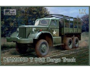Diamond T 968 cargo truck  (Vista 1)