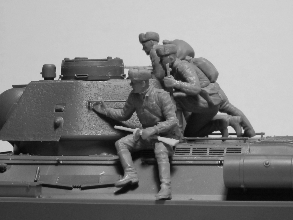 T-34-85 with Soviet Tank Riders  (Vista 6)