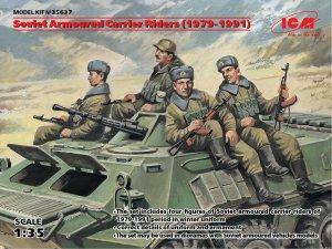Soldados rusos sobre blindado 1979/1991  (Vista 1)