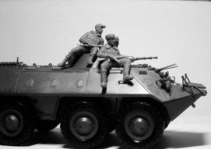 Soldados rusos sobre blindado 1979/1991  (Vista 3)