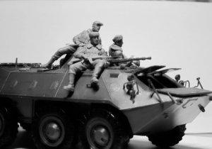 Soldados rusos sobre blindado 1979/1991  (Vista 4)