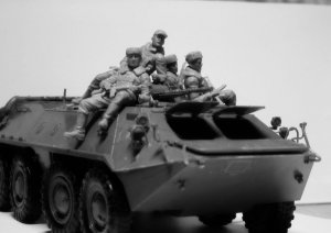 Soldados rusos sobre blindado 1979/1991  (Vista 5)