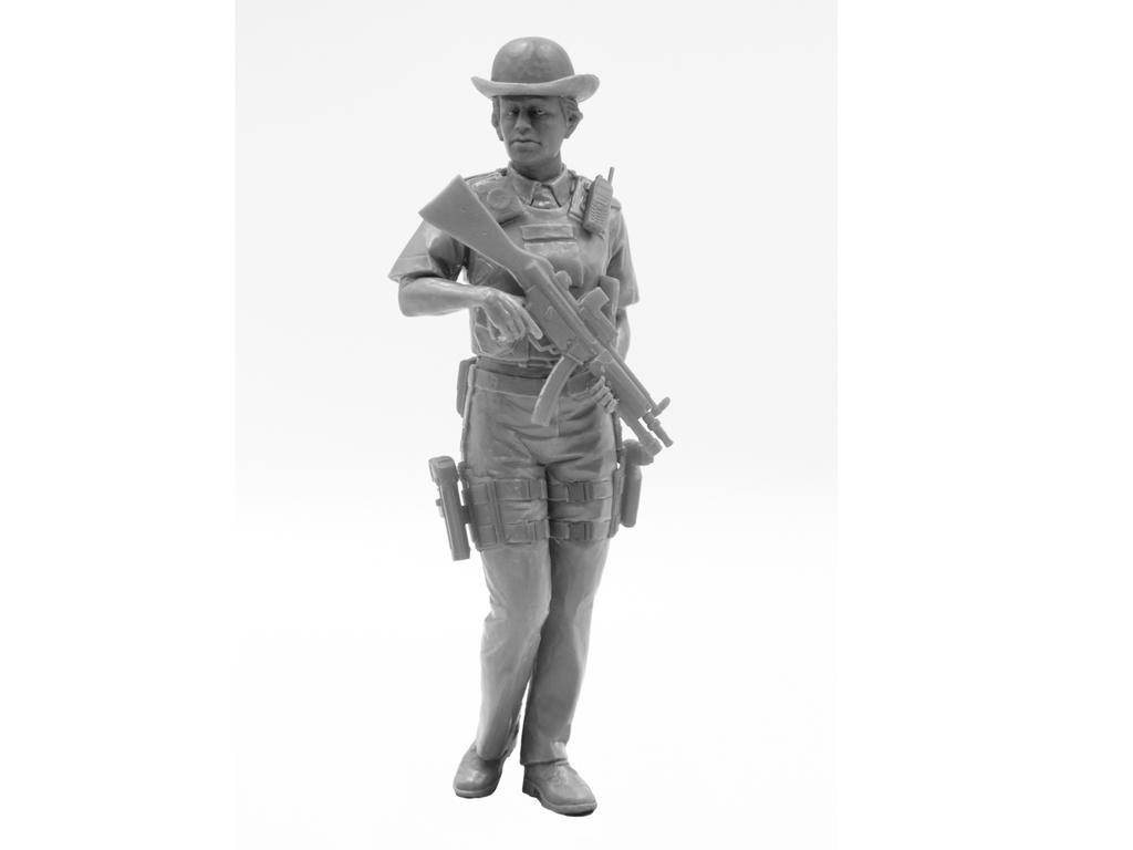 Oficial femenino de la policía británica (Vista 3)