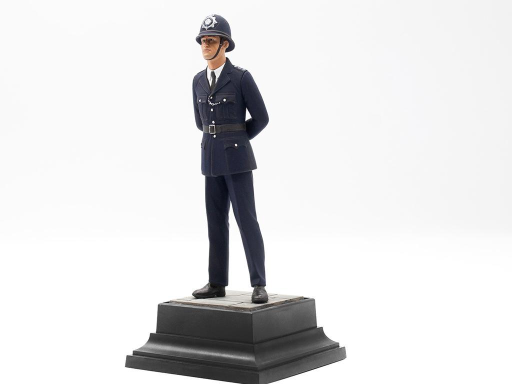Policia Britanico (Vista 10)