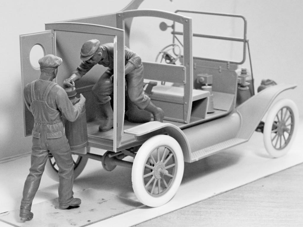 Cargadores de Gasolina Americanos 1910 (Vista 3)