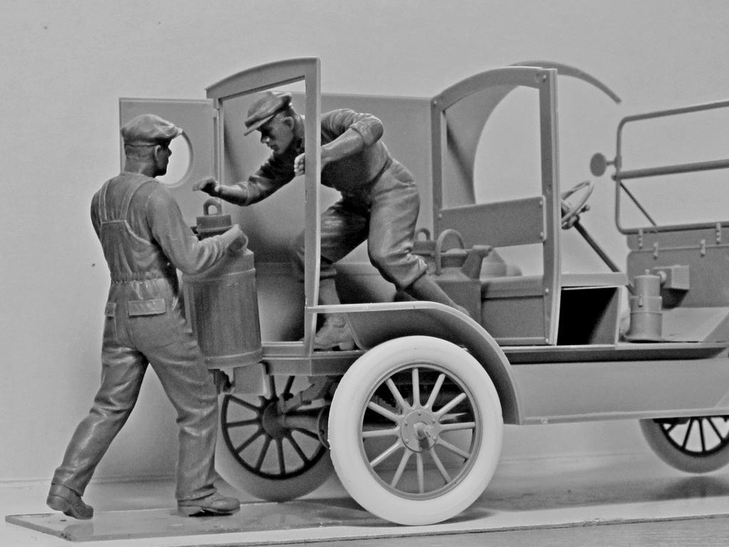 Cargadores de Gasolina Americanos 1910 (Vista 4)