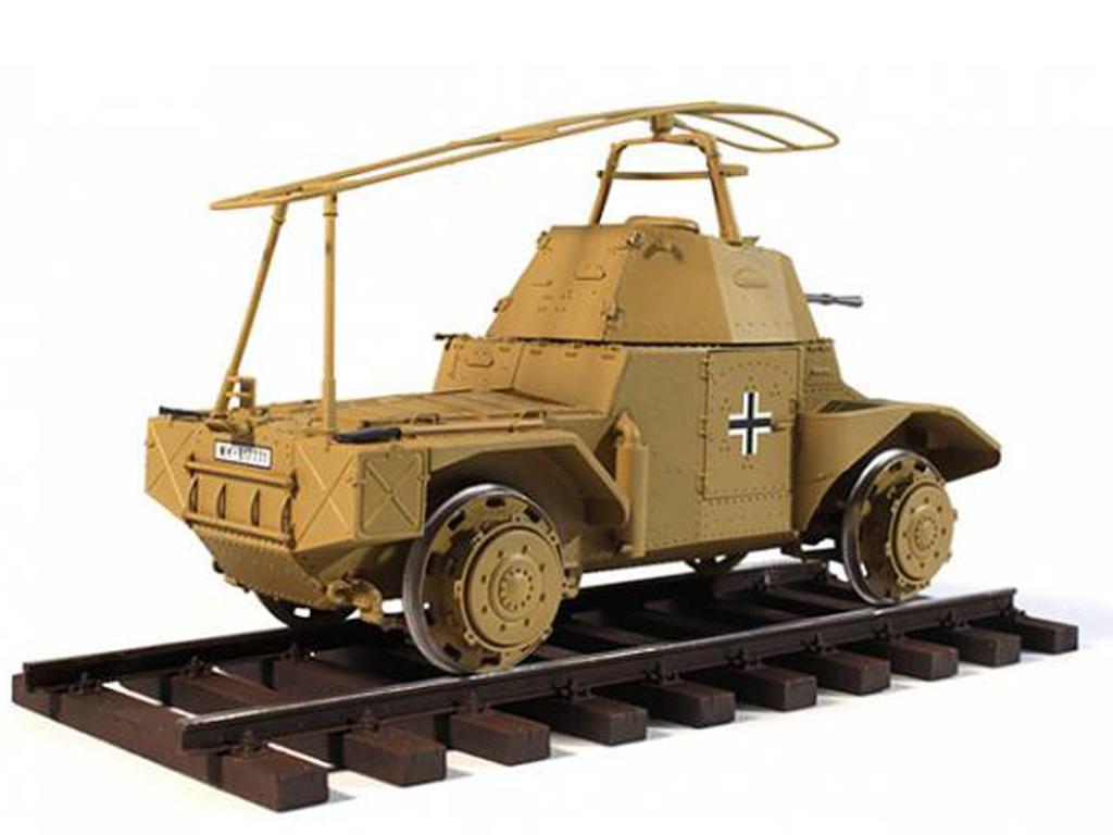 Blindado alemán sobre railes Panzerspähw (Vista 2)