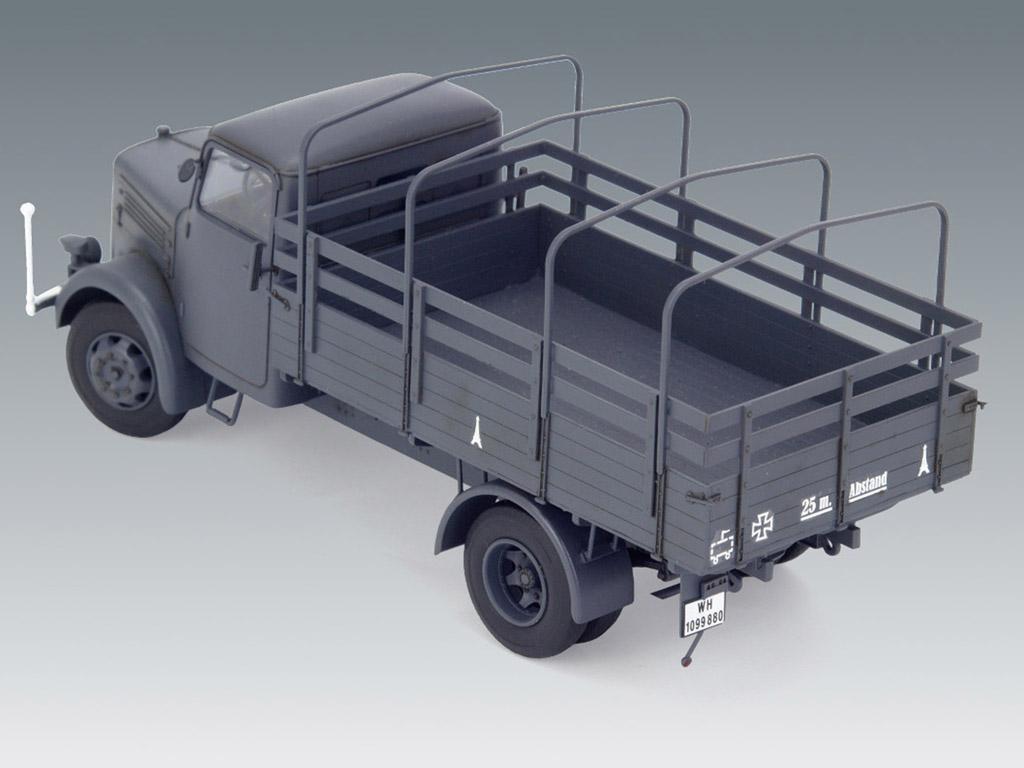 KHD S3000, WWII German Army Truck (Vista 4)
