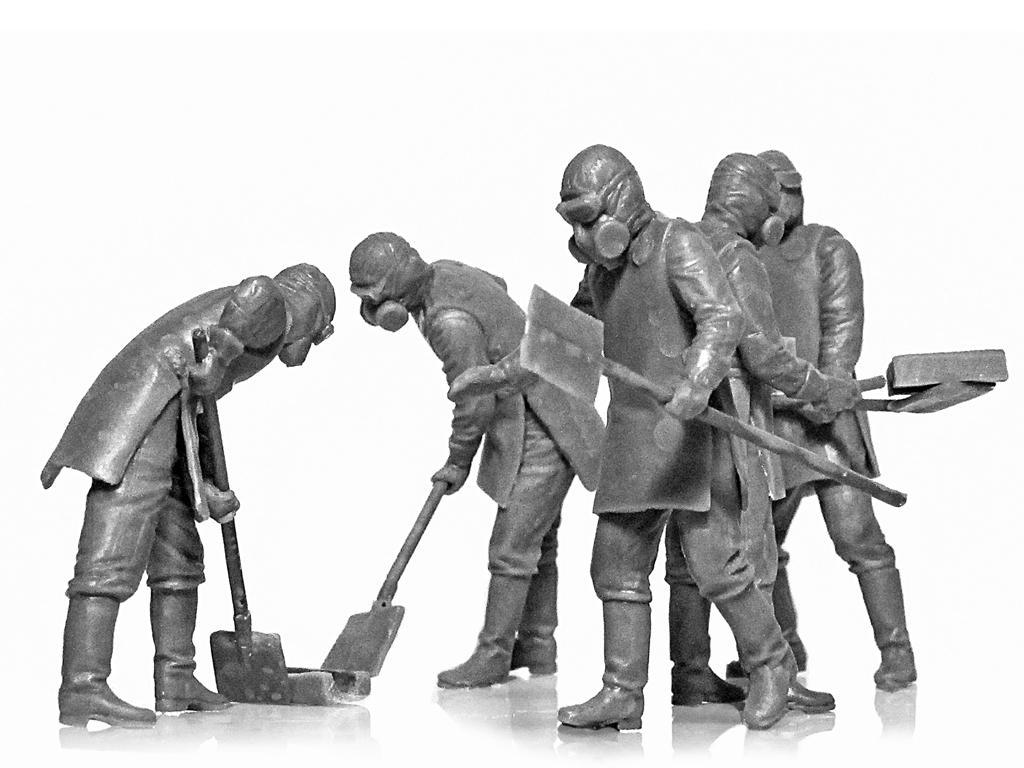 Chernobyl #3. Limpiadores de escombros (Vista 5)
