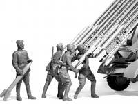 Tripulación del vehículo soviético BM-13-16 MLRS (Vista 7)