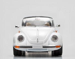 VW1303S Beetle Cabriolet  (Vista 3)