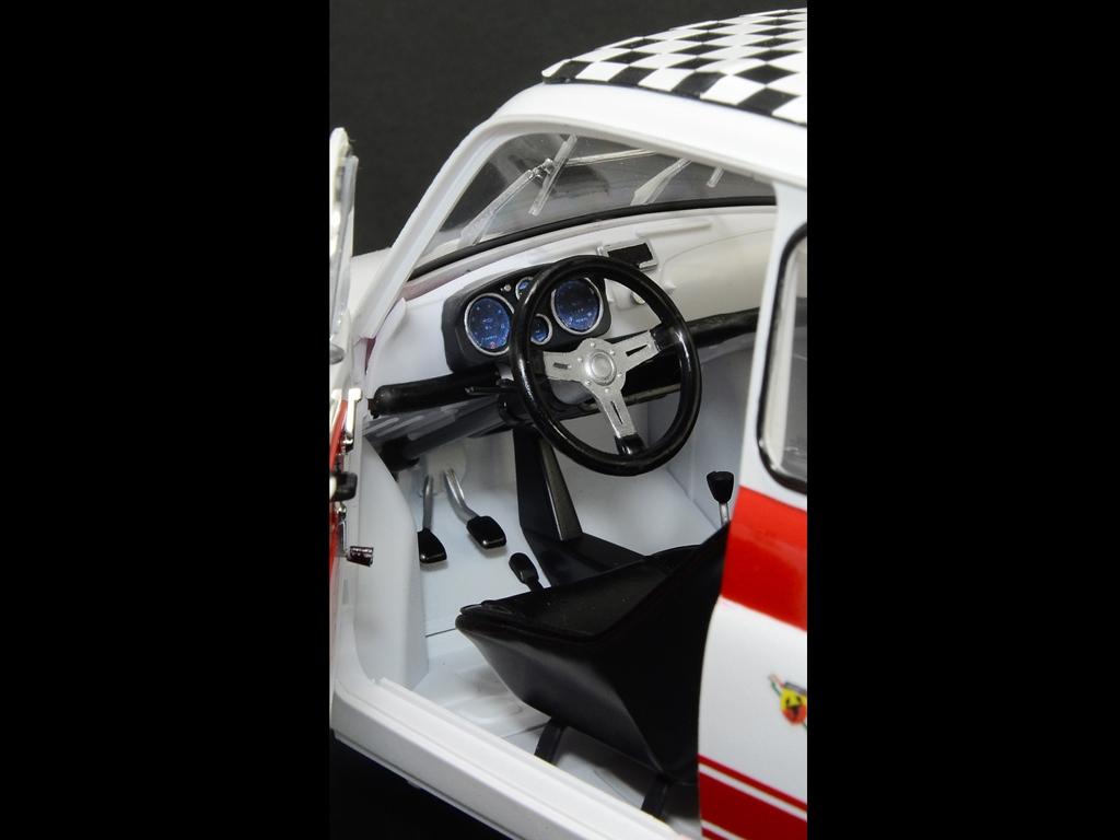 Fiat Abarth 695 SS  (Vista 7)
