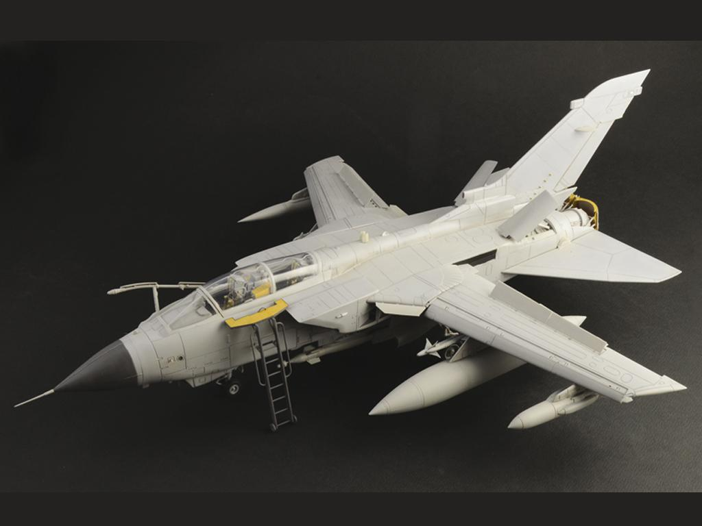 Tornado GR.4 (Vista 19)