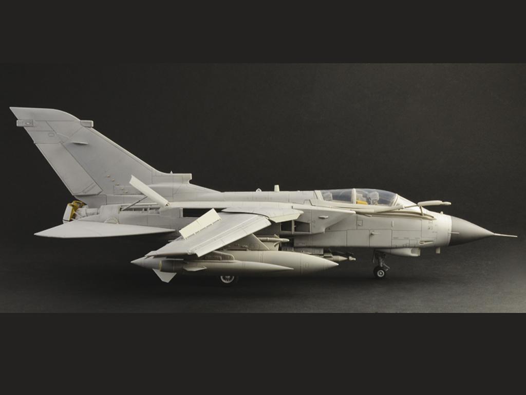 Tornado GR.4 (Vista 8)