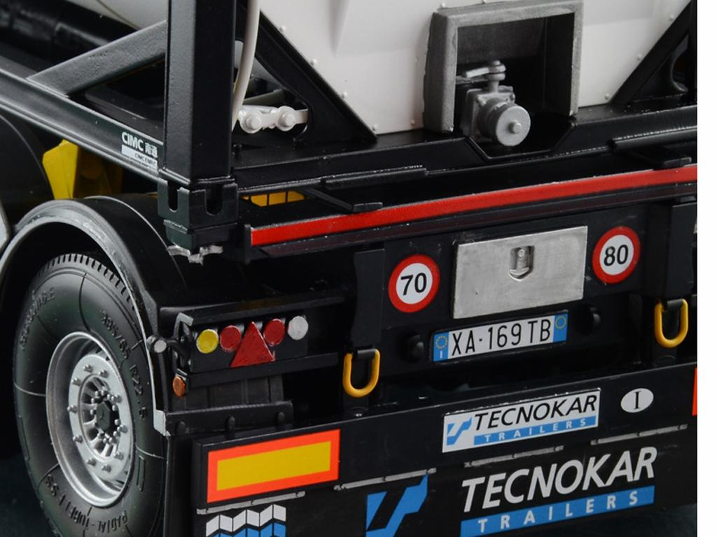 Tecnokar Trailer With 20' Tank (Vista 7)