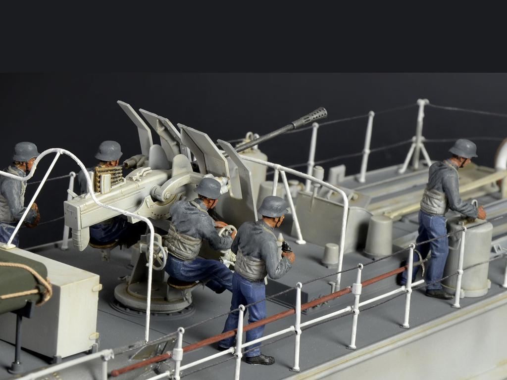 Lancha Torpedera Schnellboot S 100 (Vista 10)