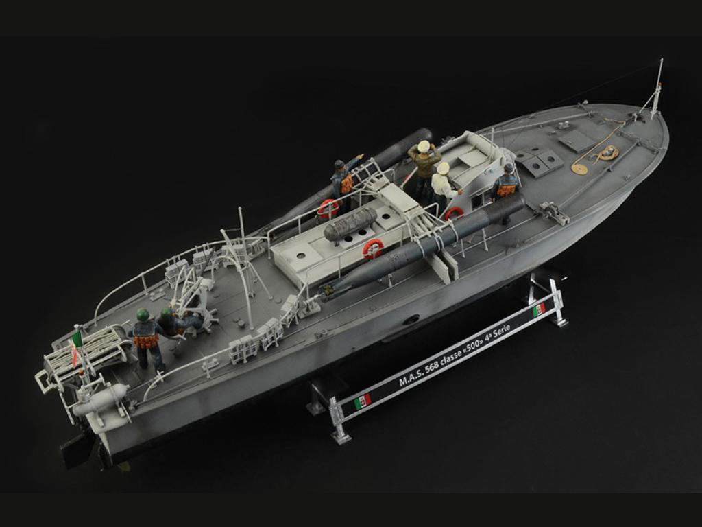 M.A.S. 563/568 with Crew (Vista 6)