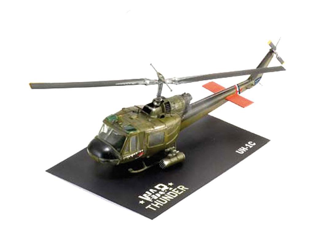 UH-1C Y MI-24D (Vista 6)